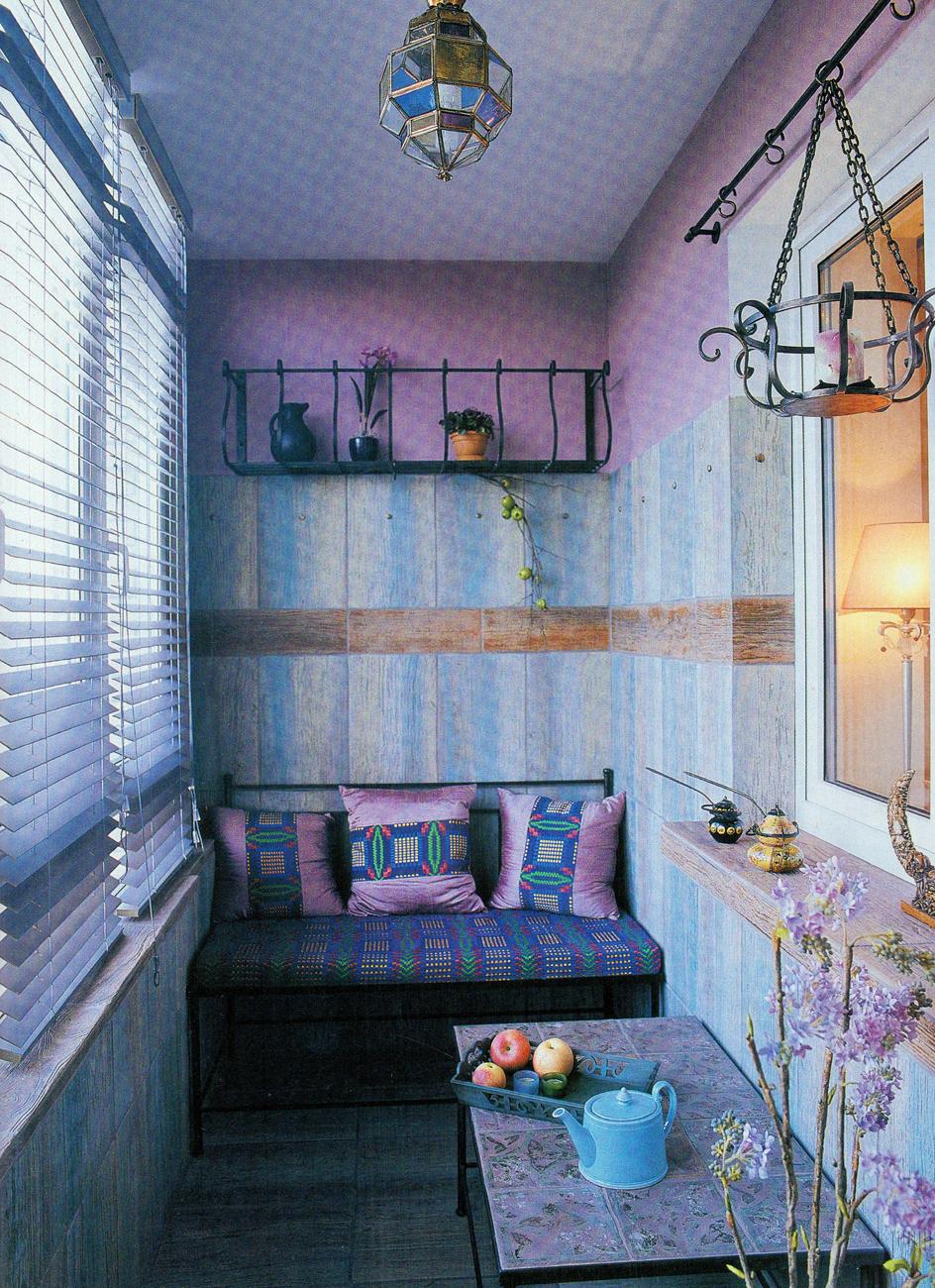 Дизайн балкона под комнату отдыха.